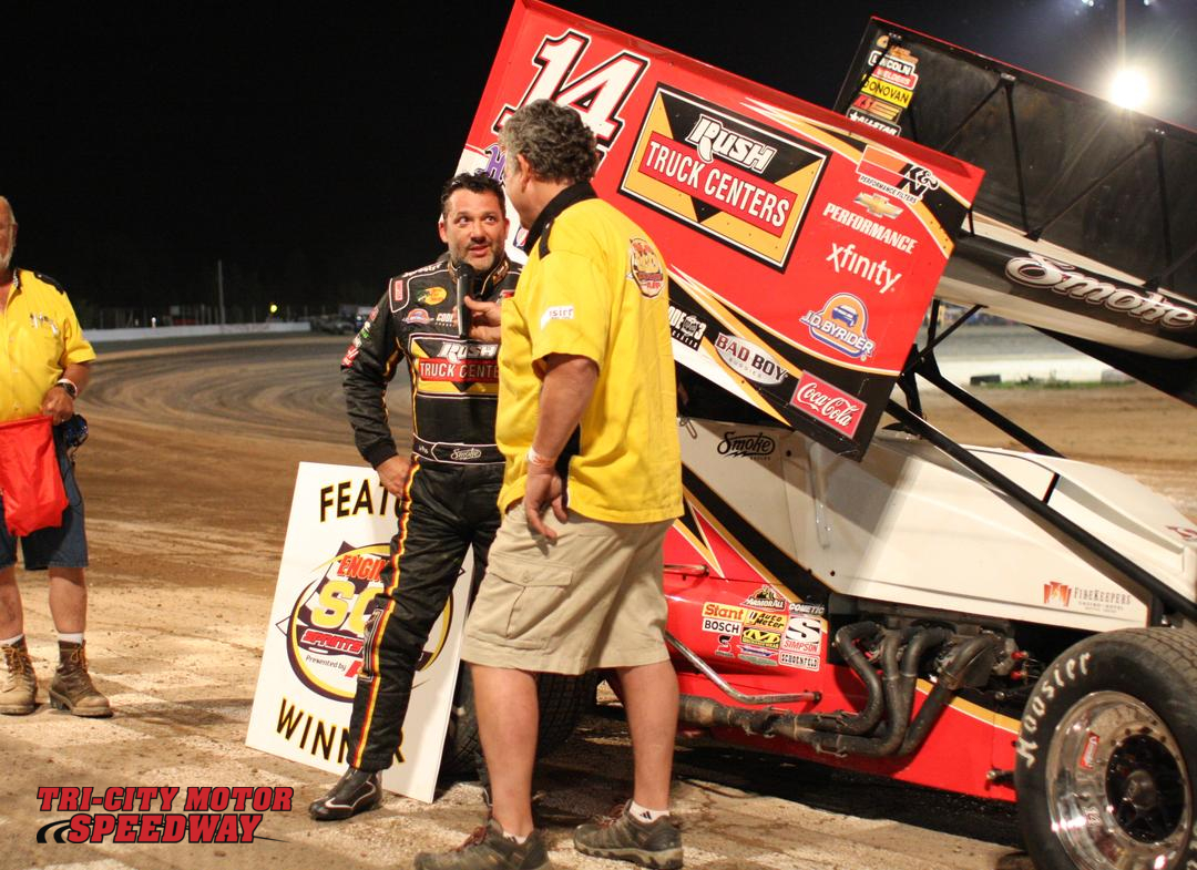Tony Stewart Returns To Dirt And Finds Victory Lane