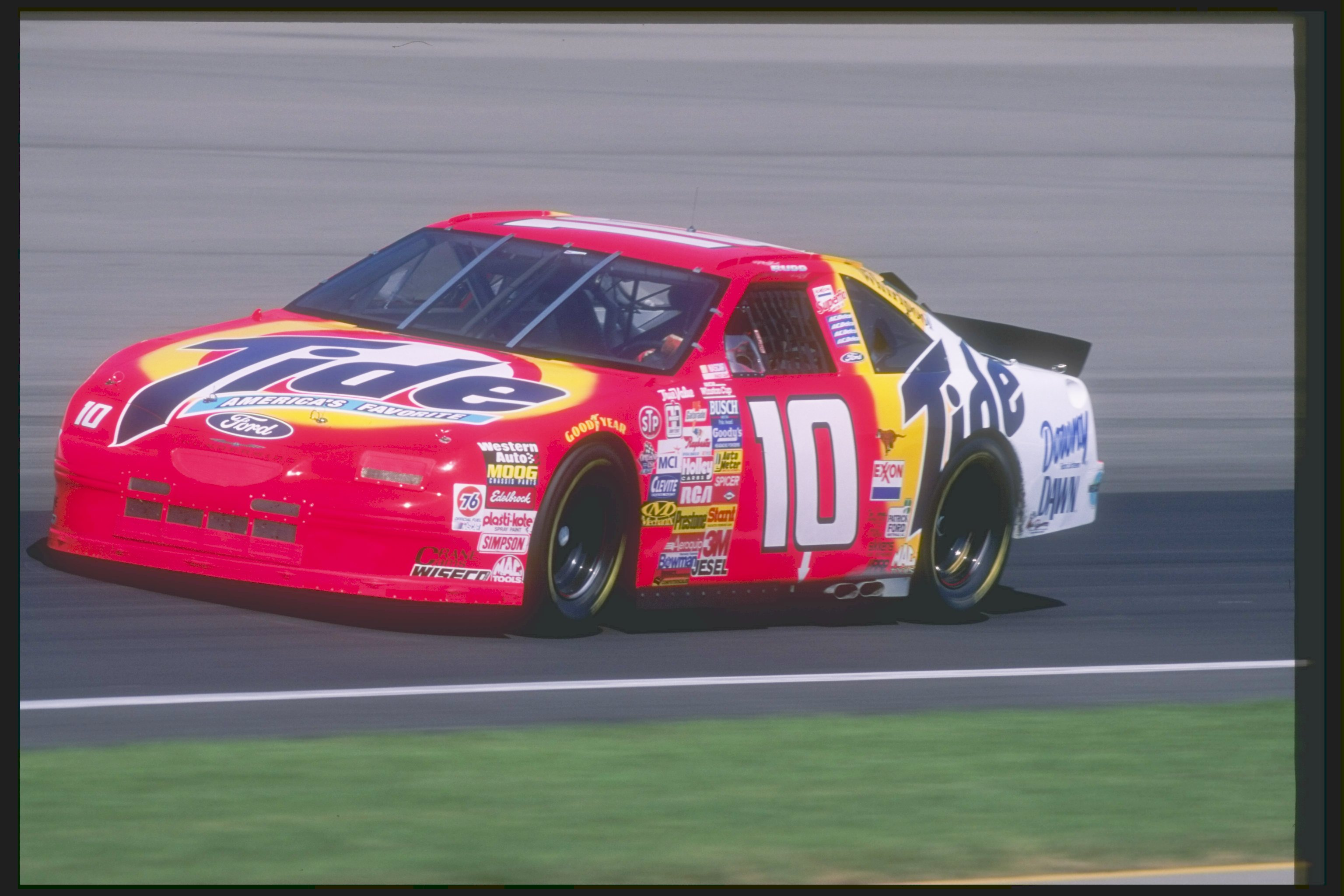 1997 Brickyard 400, Ricky Rudd's #10 Tide Ford Thunderbird