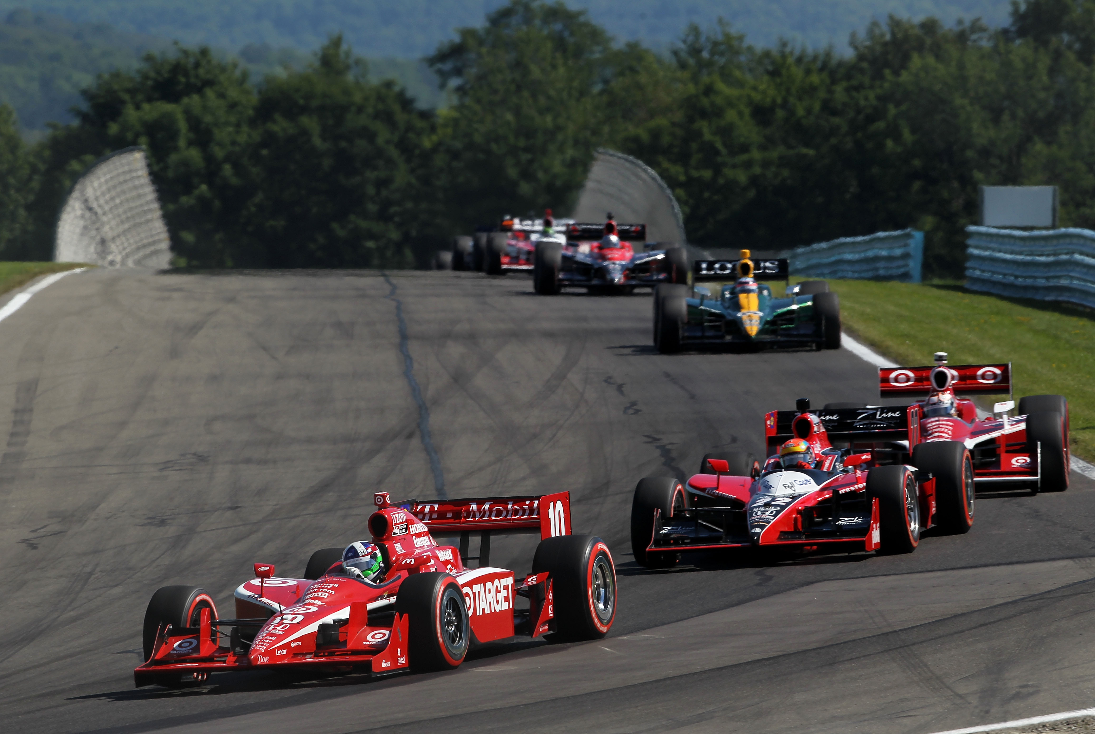 Rossi continues stout weekend, wins IndyCar pole at The Glen